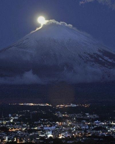 富士 月.jpg